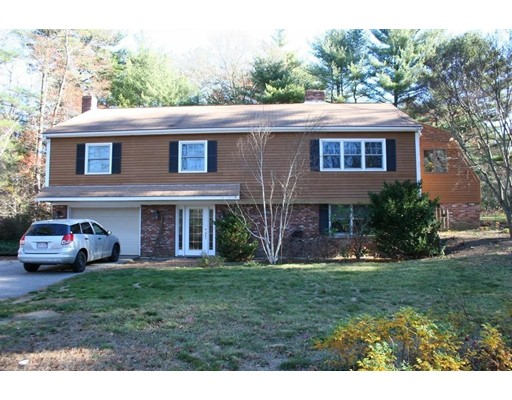 Single Family Home for Rent at 185 County Street 185 County Street Lakeville, Massachusetts 02347 United States