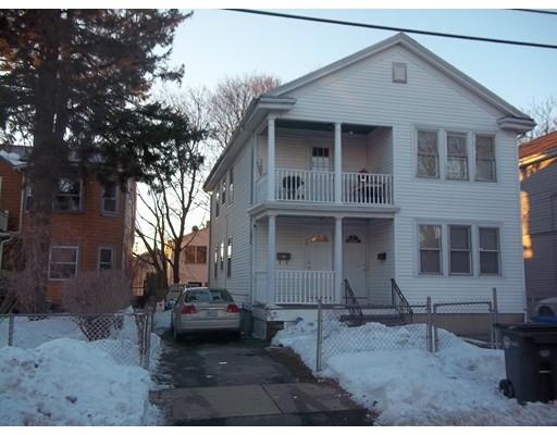 Casa Multifamiliar por un Venta en 38 Leah Street 38 Leah Street Providence, Rhode Island 02908 Estados Unidos