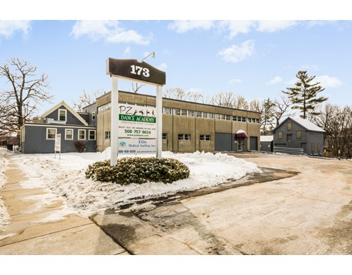 Commercial for Rent at 173 Grove Street 173 Grove Street Worcester, Massachusetts 01605 United States