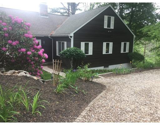 واحد منزل الأسرة للـ Sale في 306 Center Street 306 Center Street Groveland, Massachusetts 01834 United States