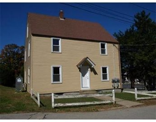 Apartment for Rent at 4 Gillespie Rd #1 4 Gillespie Rd #1 Charlton, Massachusetts 01507 United States