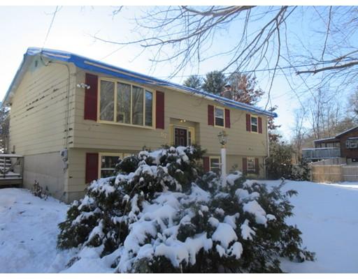 Maison unifamiliale pour l Vente à 52 Forest Road 52 Forest Road Salisbury, Massachusetts 01952 États-Unis