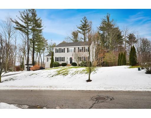 واحد منزل الأسرة للـ Sale في 45 Kennedy Circle 45 Kennedy Circle Northbridge, Massachusetts 01534 United States