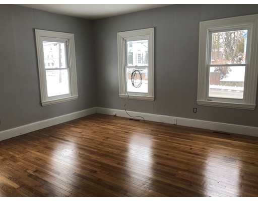 Single Family Home for Rent at 110 East Central Street Franklin, Massachusetts 02038 United States
