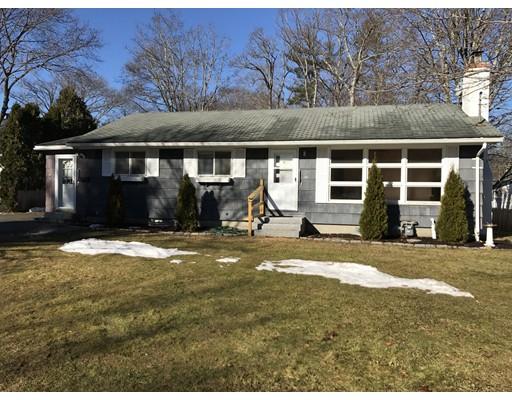 独户住宅 为 销售 在 17 Portsmouth Road 17 Portsmouth Road Amesbury, 马萨诸塞州 01913 美国
