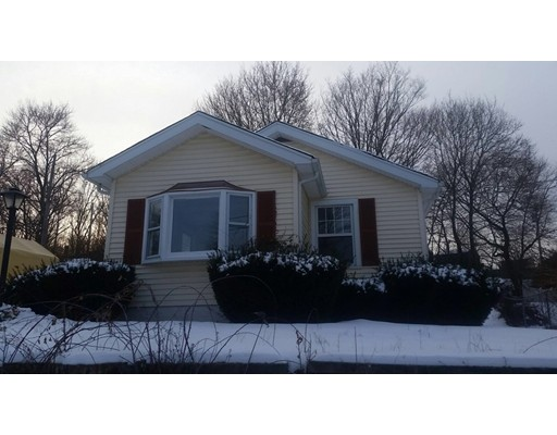 Single Family Home for Sale at 9 Cross Street Hopedale, Massachusetts 01747 United States