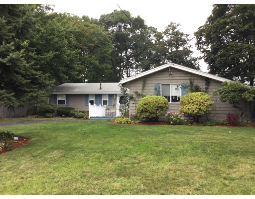 Single Family Home for Sale at 28 Curwen Road 28 Curwen Road Peabody, Massachusetts 01960 United States