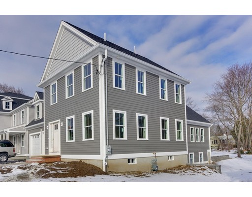 Single Family Home for Sale at 82 Pleasant Medfield, Massachusetts 02052 United States