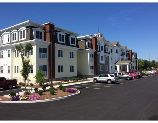 Apartamento por un Alquiler en 11 Midway Park Drive #1 11 Midway Park Drive #1 Dartmouth, Massachusetts 02747 Estados Unidos