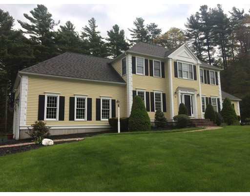 Single Family Home for Sale at 54 Round Hill Road Kingston, Massachusetts 02364 United States