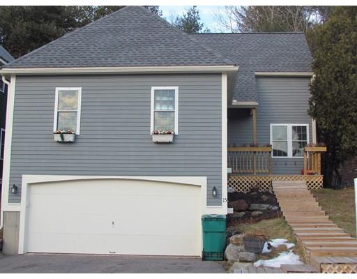Appartement en copropriété pour l Vente à 15 Valleyview Court 15 Valleyview Court Fitchburg, Massachusetts 01420 États-Unis