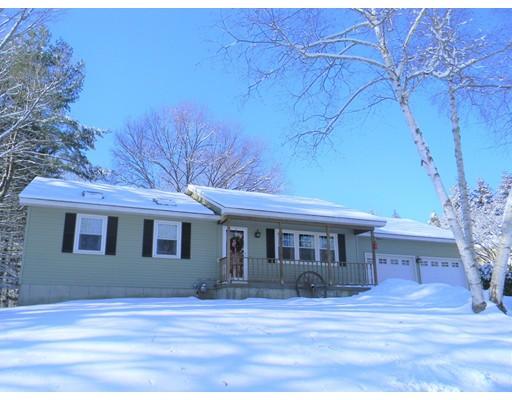 Частный односемейный дом для того Продажа на 6 Villone Drive 6 Villone Drive Northampton, Массачусетс 01053 Соединенные Штаты