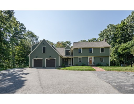 Single Family Home for Sale at 44 Westford Street 44 Westford Street Chelmsford, Massachusetts 01824 United States