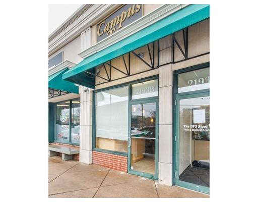 Commercial pour l à louer à 2193 Commonwealth Avenue 2193 Commonwealth Avenue Boston, Massachusetts 02135 États-Unis