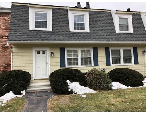 Casa unifamiliar adosada (Townhouse) por un Alquiler en 34 Prescott Drive #34 34 Prescott Drive #34 Chelmsford, Massachusetts 01863 Estados Unidos