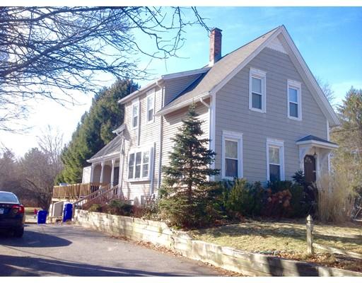 Casa Multifamiliar por un Venta en 40 Highland Street 40 Highland Street Taunton, Massachusetts 02780 Estados Unidos