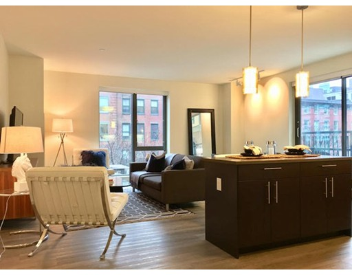 Apartment for Rent at 1 Canal St. #402 1 Canal St. #402 Boston, Massachusetts 02114 United States