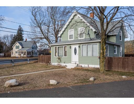 واحد منزل الأسرة للـ Sale في 3 Waz Street 3 Waz Street Ludlow, Massachusetts 01056 United States
