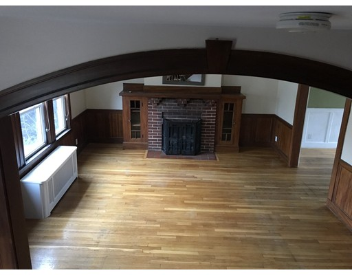 Additional photo for property listing at 342 Winthrop  Medford, Massachusetts 02155 United States