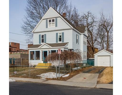 独户住宅 为 销售 在 9 Saint James Avenue 9 Saint James Avenue Holyoke, 马萨诸塞州 01040 美国