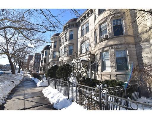 多户住宅 为 销售 在 1240 Beacon Street 1240 Beacon Street 布鲁克莱恩, 马萨诸塞州 02446 美国
