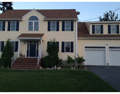 Casa Unifamiliar por un Venta en 26 J A Mcdermott Circle Randolph, Massachusetts 02368 Estados Unidos