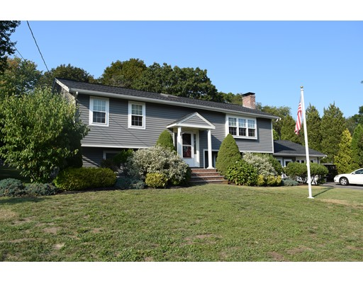 Single Family Home for Sale at 58 Pin Oak Drive 58 Pin Oak Drive Scituate, Massachusetts 02066 United States