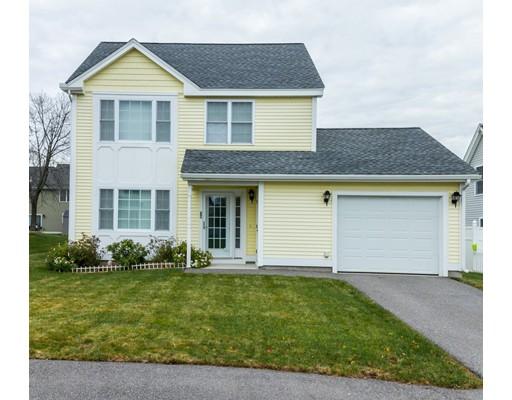 واحد منزل الأسرة للـ Sale في 38 McGuigan Circle 38 McGuigan Circle Lowell, Massachusetts 01852 United States