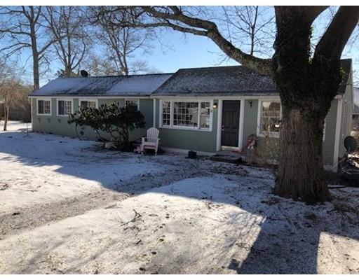 独户住宅 为 销售 在 21 Soundview Road 21 Soundview Road 巴恩斯特布, 马萨诸塞州 02632 美国