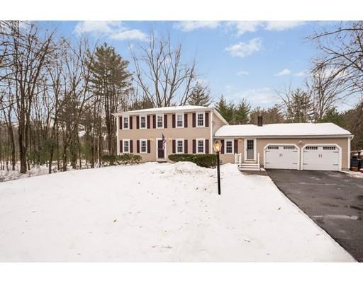 Частный односемейный дом для того Продажа на 44 Forge Village Road 44 Forge Village Road Westford, Массачусетс 01886 Соединенные Штаты