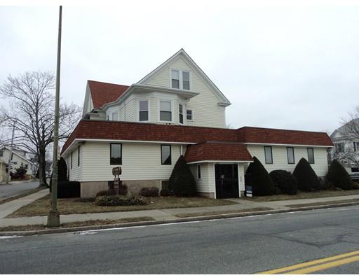 多户住宅 为 销售 在 2265 ACUSHNET Avenue New Bedford, 02745 美国