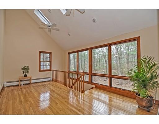 独户住宅 为 销售 在 29 GRANITE STREET 麦德菲尔德, 02052 美国