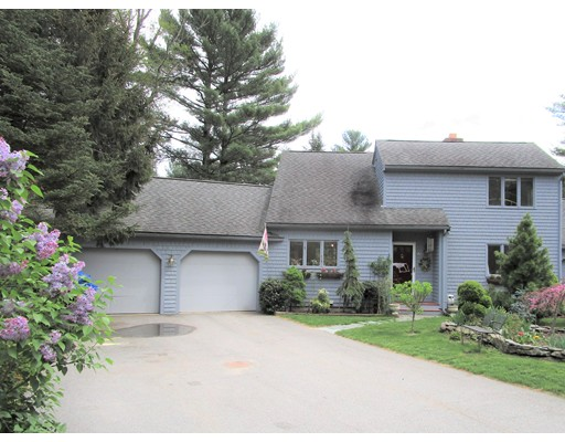 Single Family Home for Sale at 67 Trout Farm Lane 67 Trout Farm Lane Duxbury, Massachusetts 02332 United States