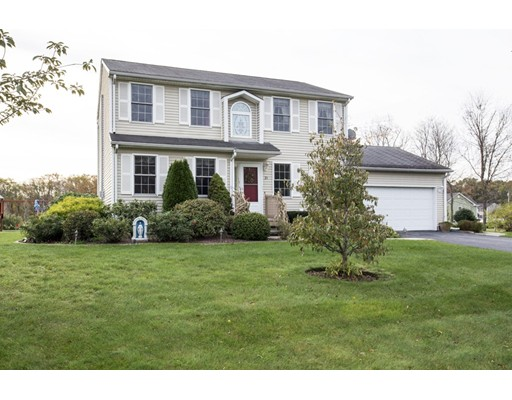 Single Family Home for Sale at 21 Ashley Court Johnston, Rhode Island 02919 United States