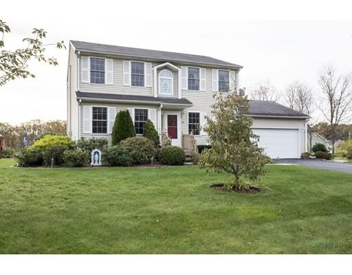 واحد منزل الأسرة للـ Sale في 21 Ashley Court 21 Ashley Court Johnston, Rhode Island 02919 United States
