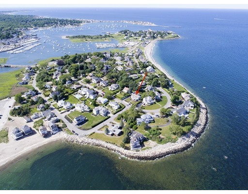 Single Family Home for Sale at 35 Crescent Avenue 35 Crescent Avenue Scituate, Massachusetts 02066 United States