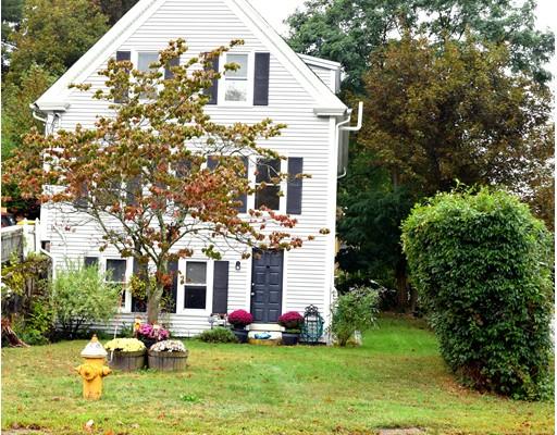 Maison unifamiliale pour l Vente à 54 Belmont Street 54 Belmont Street Abington, Massachusetts 02351 États-Unis