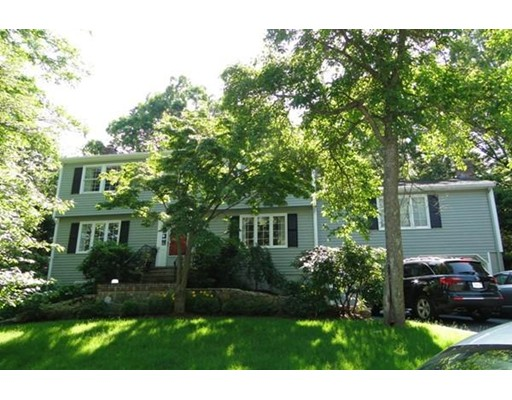 Single Family Home for Rent at 141 Westgate Rd. #141 141 Westgate Rd. #141 Wellesley, Massachusetts 02481 United States