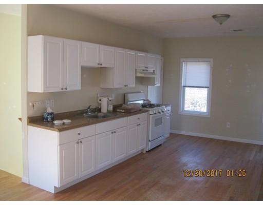公寓 为 出租 在 101 Angell Street #2 101 Angell Street #2 Mansfield, 马萨诸塞州 02048 美国