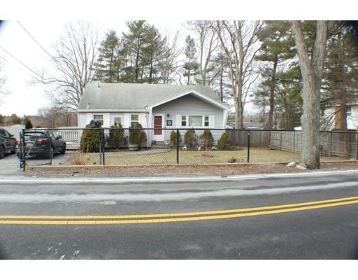 独户住宅 为 销售 在 465 East Street 465 East Street 布罗克顿, 马萨诸塞州 02302 美国