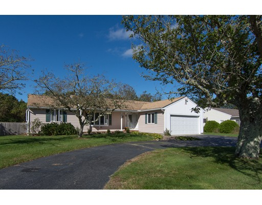 Single Family Home for Sale at 50 Meadow View Drive 50 Meadow View Drive Falmouth, Massachusetts 02536 United States