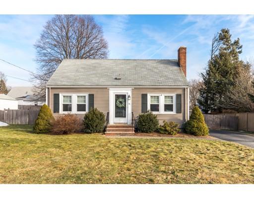 Частный односемейный дом для того Продажа на 14 Bonad Road 14 Bonad Road Stoneham, Массачусетс 02180 Соединенные Штаты