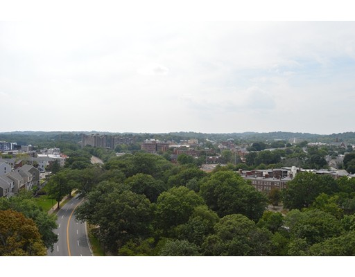 80 Fenwood - Boston