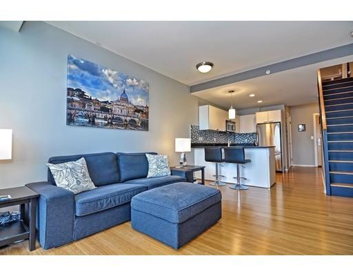 共管式独立产权公寓 为 销售 在 2 Earhart Street 2 Earhart Street 坎布里奇, 马萨诸塞州 02141 美国
