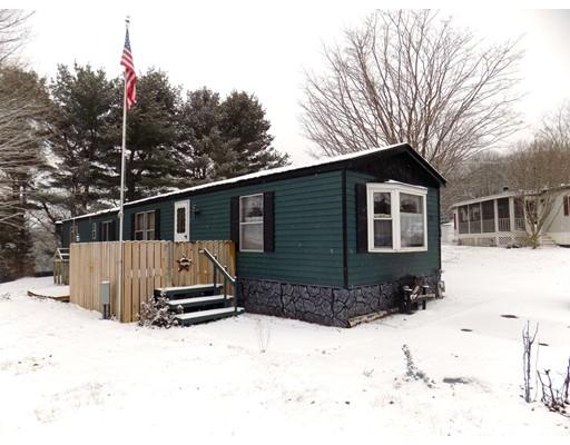 Maison unifamiliale pour l Vente à 29 Birch Lane 29 Birch Lane Wales, Massachusetts 01083 États-Unis