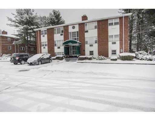 Condominio por un Venta en 2 Colonial Drive 2 Colonial Drive Andover, Massachusetts 01810 Estados Unidos