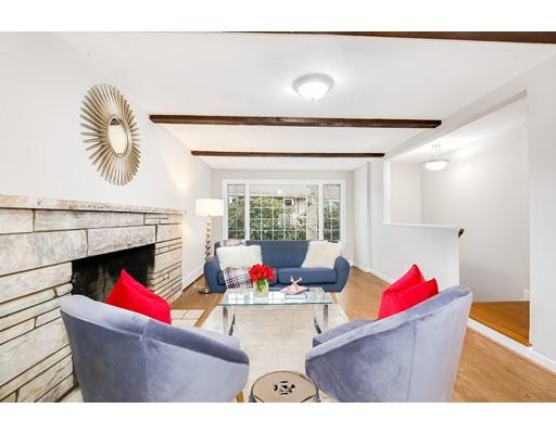 Maison unifamiliale pour l Vente à 165 WASHINGTON STREET 165 WASHINGTON STREET Melrose, Massachusetts 02176 États-Unis
