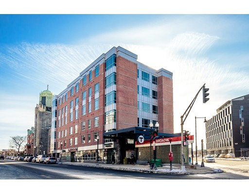 Additional photo for property listing at 11 West Broadway  Boston, Massachusetts 02127 United States