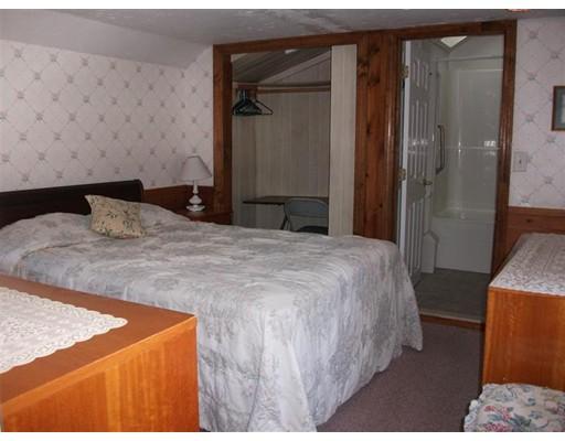 Single Family Home for Rent at 17 Beach Hills Rd #B 17 Beach Hills Rd #B Dennis, Massachusetts 02639 United States
