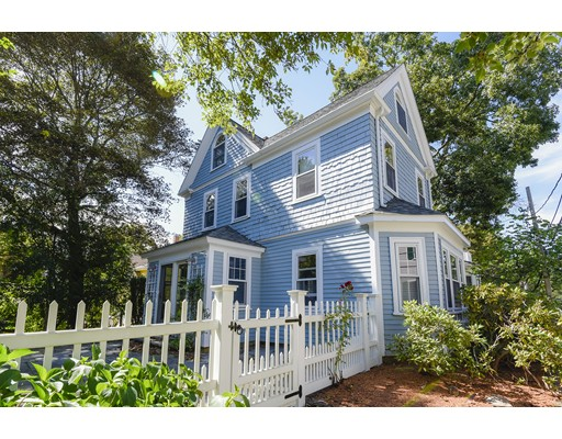 Maison unifamiliale pour l à louer à 11 Babcock Pl #1 11 Babcock Pl #1 Dedham, Massachusetts 02026 États-Unis